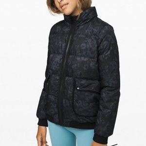 LuluLemon-Kick The Chills Jacket. Girls sz 10 NWT